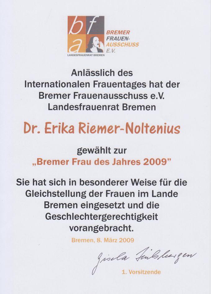 """Unterlagen und Urkunde zur Ernennung der """"Bremer Frau des Jahres 2009"""""""